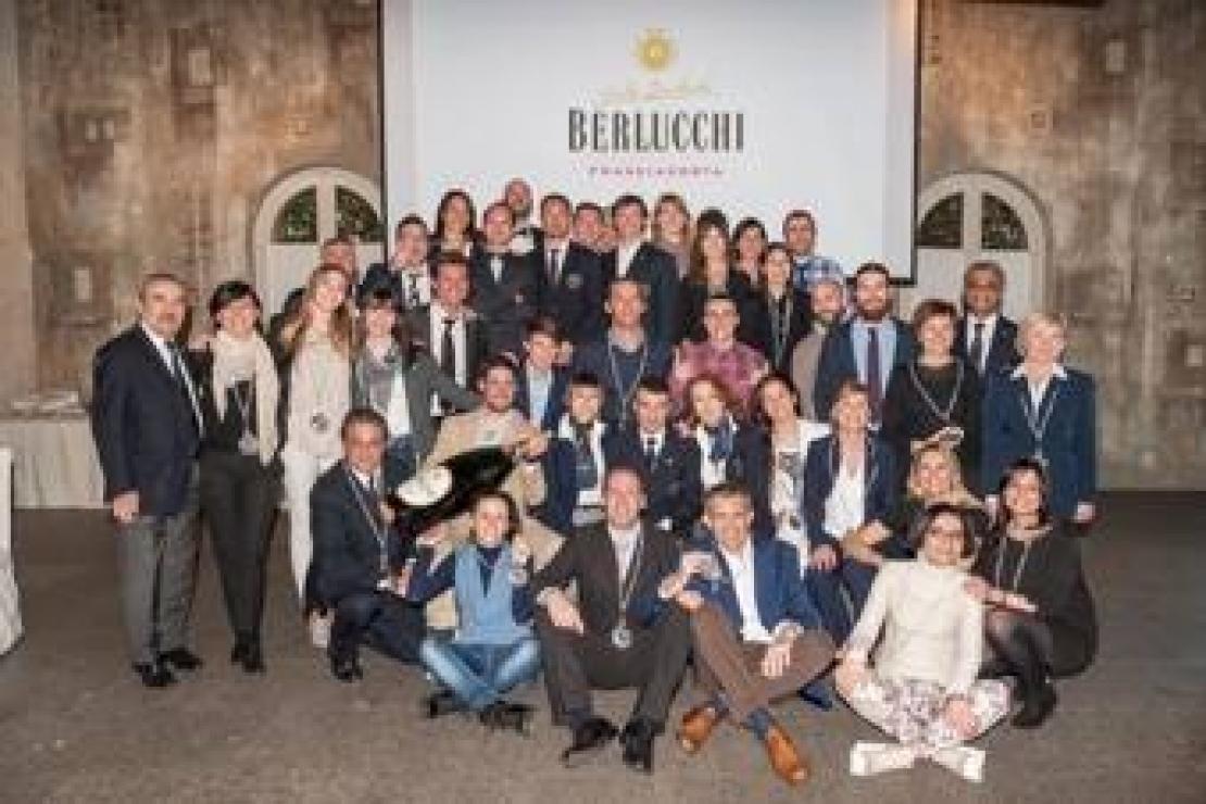 Berlucchi diploma 54 nuovi sommelier milanesi