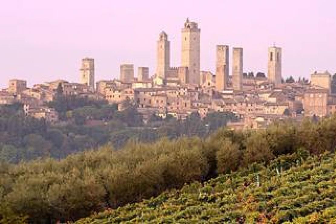 Ais Como | La Vernaccia di San Gimignano