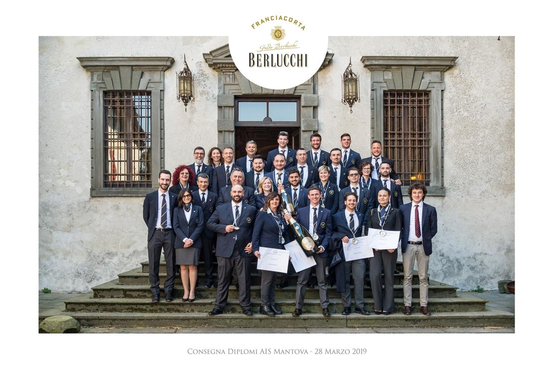 Complimenti ai neo Sommelier AIS della Delegazione di Mantova