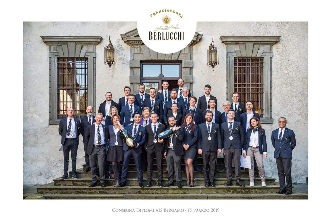 Complimenti ai neo sommelier AIS della Delegazione di Bergamo