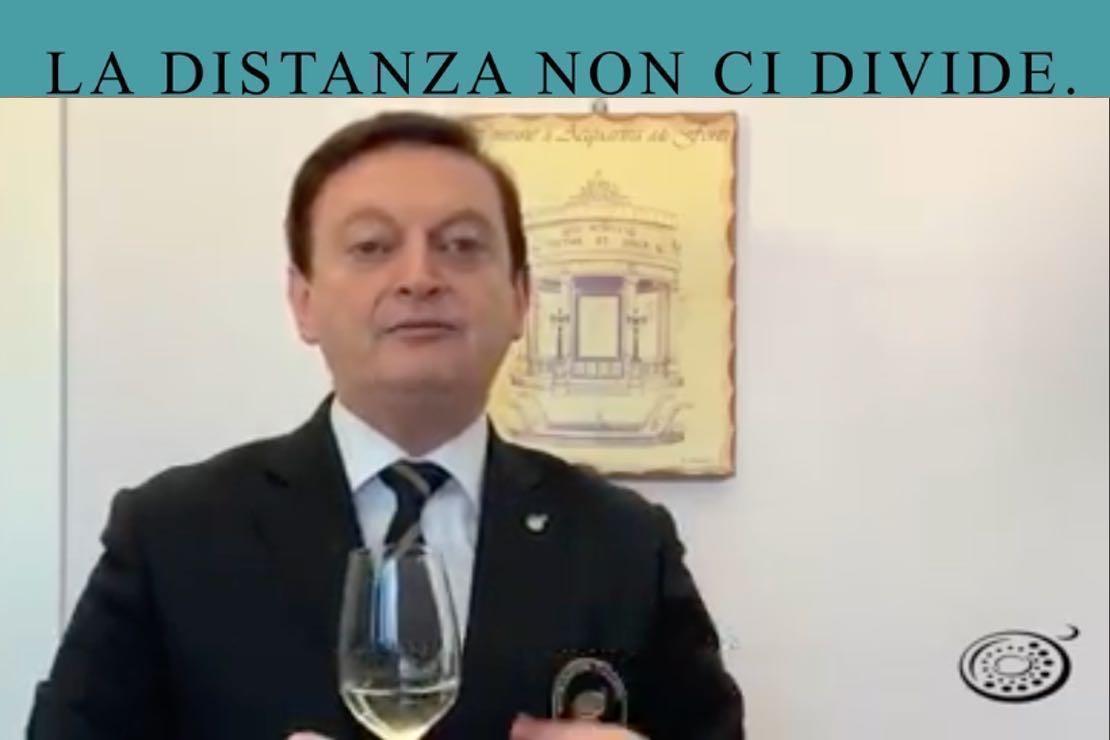 #ladistanzanoncidivide. Il Locorotondo con Giuseppe Baldassarre
