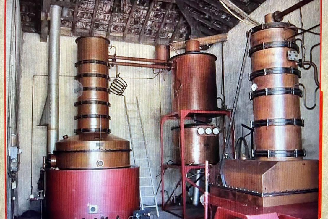 Armagnac, Brandy, Cognac. La distillazione ottenuta dal vino