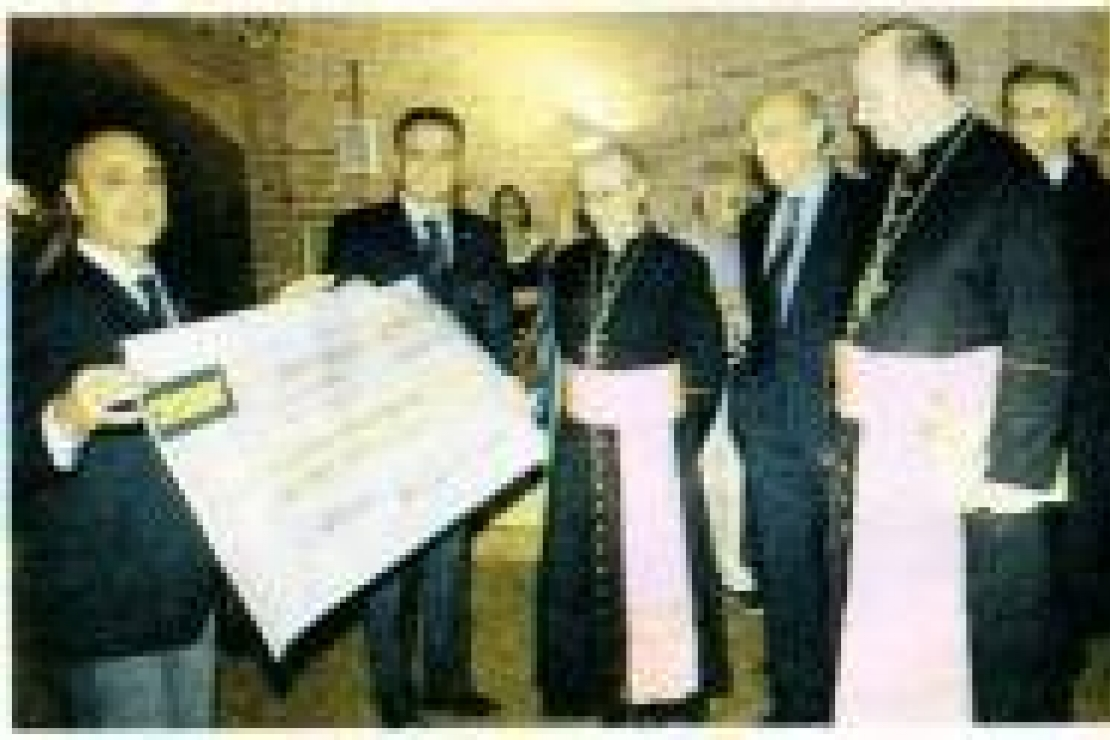 2750 euro in beneficenza