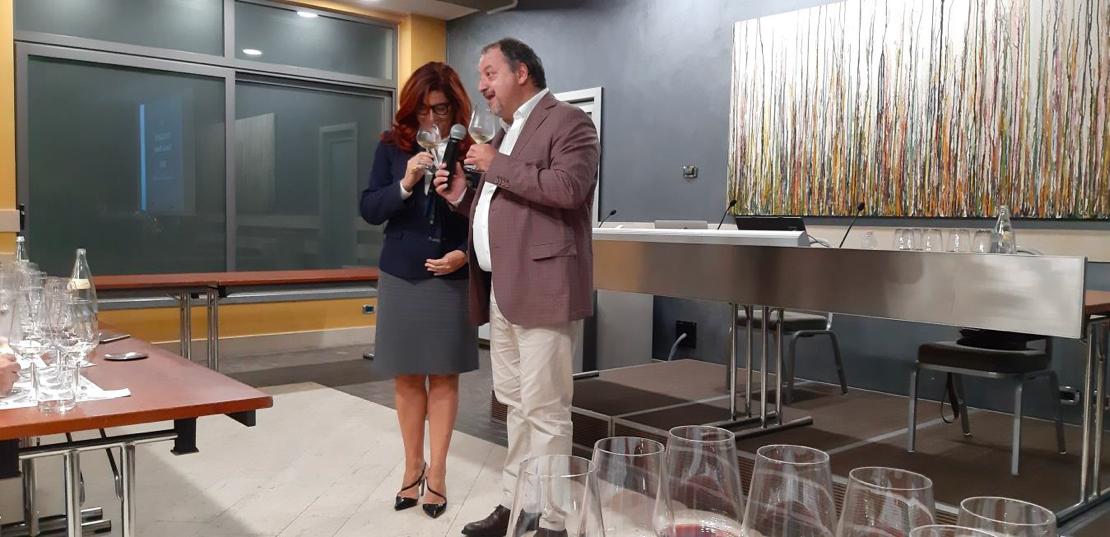 Roberta Agnelli e Armando Castagno durante la degustazione